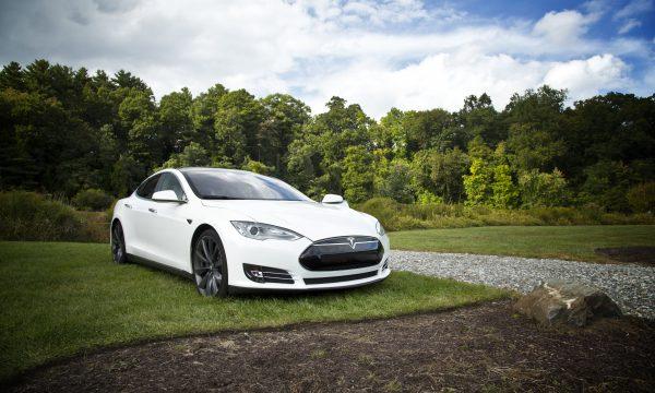 Versicherungsmakler Immobilienfinanzierungen Kfz-Versicherung für Elektroautos Tesla-Spezial Vergleichsrechner 6