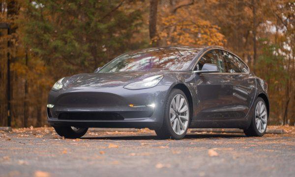 Versicherungsmakler Immobilienfinanzierungen Kfz-Versicherung für Elektroautos Tesla-Spezial Vergleichsrechner 1